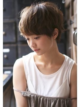 丸顔さんに似合うベリーショート , @cosmeまとめ(アットコスメまとめ)
