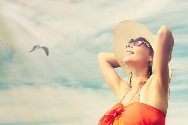 女性の悩みを解決!夏にテカらないファンデーションの選び方 /  biche(ビーチェ)の画像
