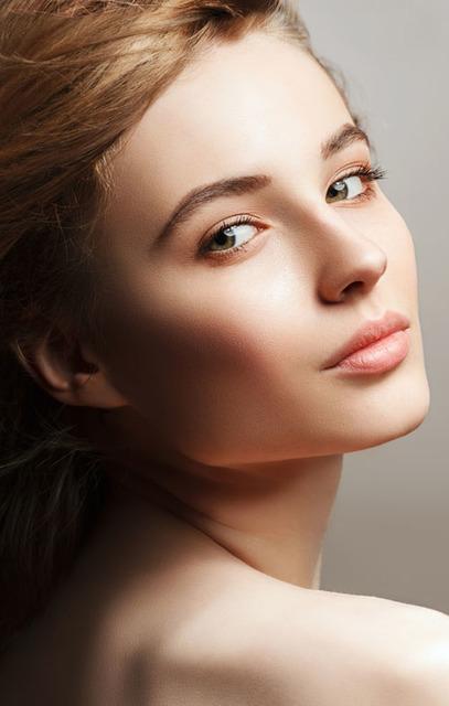 セミマットな陶器肌へ♡憧れの肌もファンデーションで作れる! biche(ビーチェ)の画像